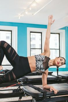 Do This 4-Move, 5-Minute Workout For Stronger, Sexier Abs