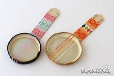 DIY Mini Recycled Banjos (via The Craft Train)