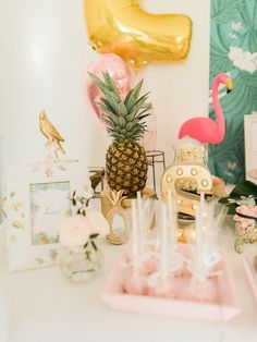 Ein tropisches Geburtstags-Dekorations-tropisches Thema, Ananas, Flamingo www. Aloha Party, Colorful Birthday Party, Grad Parties, Birthday Parties, Wedding Parties, 11th Birthday, Happy Birthday, Baby Girl Birthday, Disco Party