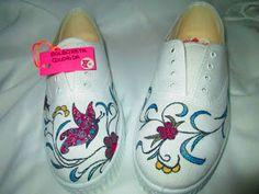 bolboretacolorida: zapatillas mariposa y flores