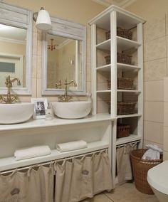 Urządzenie łazienki nie musi kosztować fortuny. Łazienkę o powierzchni około 6 m2, ustawną, możemy już zaaranżować za około 5 tys. zł. Podpowiadamy, jak zabrać się za obliczenie kosztów urządzania taniej łazienki i w jakiej kolejności planować prace i zakupy. Projekt taniej łazienki - podpowiedzi architekta.
