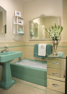 vintage bathroom {Such a great example of taking dated fixtures and viewing them as a feature instead of a flaw.}