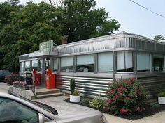 """My photo of Wolfe's Diner posted here representing the fictitious """"League of Ubiquitous and Nondescript New Jersey Diners"""" -- first of all, it's in Pennsylvania, not New Jersey (although it was made in New Jersey.)  And these diners are an important and endangered part of America's cultural and historical heritage!  (However, she did give me a proper photo credit and spelled my name right!)"""