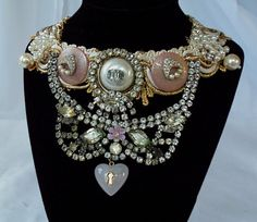 Hey, I found this really awesome Etsy listing at https://www.etsy.com/listing/77395971/vintage-couture-rhinestone-necklace