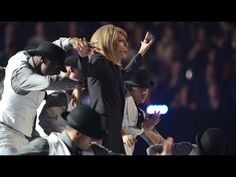 Taylor Swift performs 'Blank Space' | BRIT Awards 2015