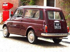 Verso la fine di maggio del 1960 viene allargata la 500 ... con la versione Giardiniera per ottenere la possibilità di carico .