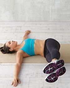 Postpartum! Crunches are not enough: These six moves target your deep abdominal muscles -- to keep your whole system looking and feeling beautifully balanced.