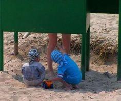 """:MAYBE.RU: МейБлог - """"Пляжные курьёзы. Сцать в песок:)"""""""