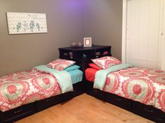 Modern-Shabby chic teen girls bedroom