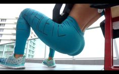 Ejercicios de gluteos con pesas en los tobillos Subscribe Here - http://bit.ly/MichelleLewinSubscribeYouTube Follow me on INSTAGRAM - http://bit.ly/MichelleL...