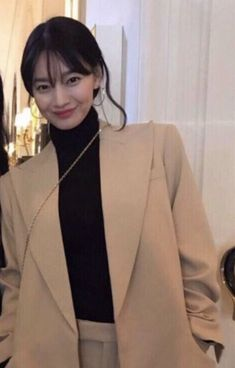 Fashion Models, Girl Fashion, Fashion Outfits, Office Fashion, Business Fashion, Aesthetic People, Cute Korean Girl, Celebs, Celebrities