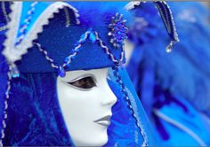 Blue Venice Carnival Outfit - Photo taken by Jamie Riddell in 2007. Published on www.flyawwway.com. Click the Image for more Carnival Images