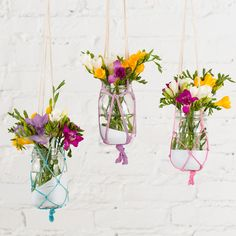 DIY: boho chic hanging macrame vases