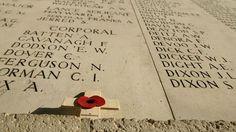 """""""Tegen de zomer van 2016 wordt het oorlogsfront van de Eerste Wereldoorlog mogelijk erkend als werelderfgoed bij Unesco."""" Dat hoopt Vlaams minister-president Kris Peeters (CD&V), die in Londen is voor de overdracht van zandzakjes met grond van de Britse oorlogskerkhoven in West-Vlaanderen."""
