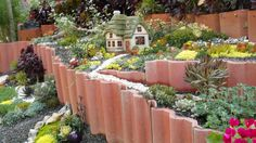 Hobit village by Laura Eubanks Hobbit Garden, Gnome Garden, Mini Fairy Garden, Dream Garden, Fairies Garden, Succulent Gardening, Succulents Garden, Fairy Gardening, Garden Shop