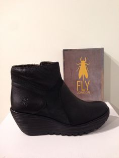Botí YAGO de FLY LONDON: 130€