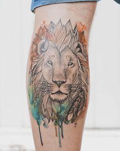 O tatuador da Nova Zelândia Jasper Andres cria belas tatuagens mínimalistas. Usando seu toque delicado, Jasper mistura as figuras graciosas da natureza com