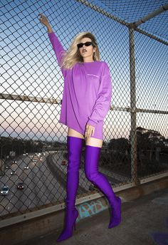 Native Fox - Jennifer Grace : Violet - Photo 4: Balenciaga