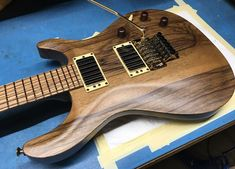 Black Limba for the top on this CT324C.