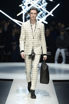 Wool suit with windowpane checks, two-tone angora scarf and textured calfskin holdall with asymmetric zip #CanaliFW15 #mfw #moda #menswear #style