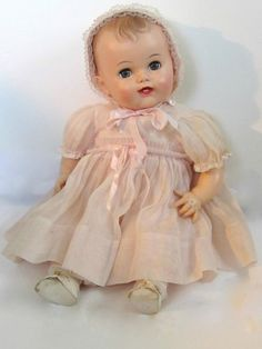"1950s Effanbee ""Bubbles"" Vinyl Baby Doll 23"" Original Clothes Beautiful. My mom has a doll that looks just like this."