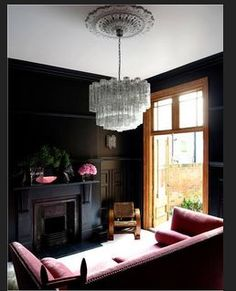 47 Park Avenue: Reception soft black walls, amazing chandelier and PINK SOFA. I die. Dark Living Rooms, New Living Room, Home And Living, Living Room Decor, Living Spaces, Dark Rooms, Small Living, Modern Living, Barn Living