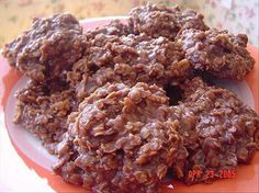 No-Bake Chocolate Oatmeal Cookies: Guilt-free chocolate cookies? Sign us up!