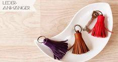 Schlüsselanhänger, Leder, Bommel, DIY, selber machen, schnell, einfach, basteln, Stoffkleber, Geschenk, Idee, Stoff