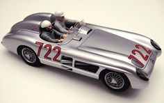 Slot car, Scalextric, Mercedes Box Set, Mercedes-Benz Mille Miglia, 1955 Mercedes-Benz SLR, 2005 Mercedes McLaren SLR