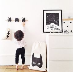 Post by Nicky King from Bobby Rabbit Image Credit: Mae Gabriel. Felt superhero garland, handmade by Velveteen Babies There's no denying that black and white is still a big trend in children's interiors this summer. Smart, striking and uber-stylish, it blends perfectly into the modern home. But what about the kids? Will they love it as […]