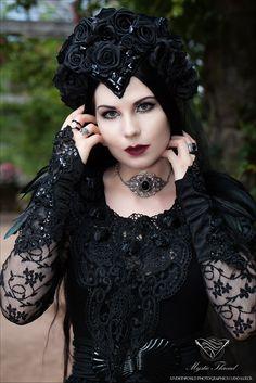 Black agate choker by  Mystic Thread / Model,Styling: Mademoiselle Karma…