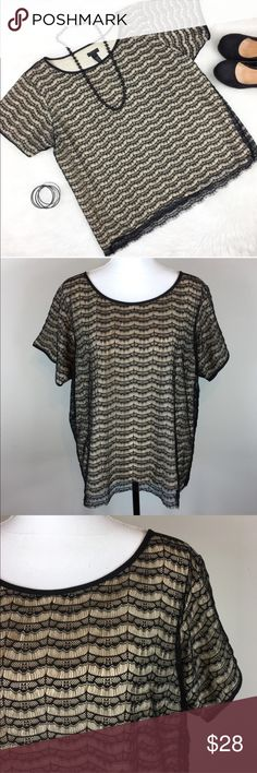 J.Crew Factory Black & Cream Lace Blouse J.Crew Factory black & cream lace top. Size extra large. Approximate measurements flat laid 25' long & 23' bust. GUC with no major flaws. ❌No trades ❌ Modeling ❌No PayPal or off Posh transactions ❤️ I 💕Bundles ❤️Reasonable Offers PLEASE ❤️ J. Crew Factory Tops Blouses