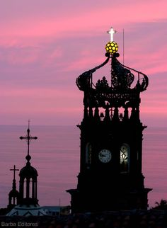 www.puertovallarta.net Puerto Vallarta's parish Nuestra Señora de Guadalupe is a city icon, it dominates Vallarta's downtown skyline and is one of the favorite symbols and landmarks of the city, both in photos, shirts, logos and postcards.