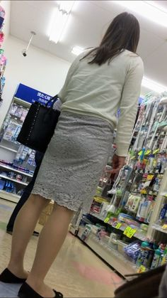 Lace Skirt, Sequin Skirt, Sexy Asian Girls, Legs, The Originals, Skirts, How To Wear, Social Media, Tools