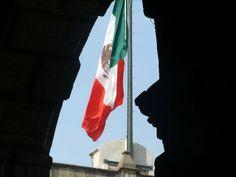 Bandera Monumental vista desde Palacio Nacional, Ciudad de México