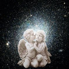 Gli Angeli Benedicono la tua vita Angel Pictures, Gif Pictures, Angel Spirit, Angel Artwork, Iphone Background Images, Valentine Images, Beautiful Gif, Guardian Angels, Love Images