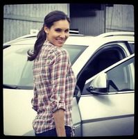 Image in NCIS collection by Christopher Maland Kensi Blye, Daniela Ruah, Ncis Los Angeles, Woman Crush, American Actress, Tv Shows, Men Casual, Plaid, Actresses