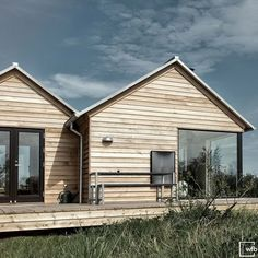 Cabin Design, Cottage Design, Prefab Cottages, Shed Homes, Space Architecture, Future House, House Styles, Boathouse, Barn