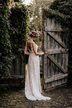 Tina & Niko: Sommerhochzeit im Bohostil unter freiem Himmel CHRIS & RUTH PHOTOGRAPHY http://www.hochzeitswahn.de/inspirationen/tina-niko-sommerhochzeit-im-bohostil-unter-freiem-himmel/ #wedding #boho #inspiration
