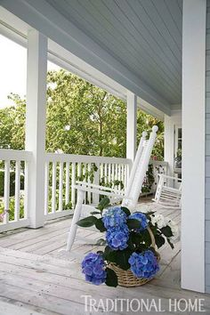 Breezy in Blue: Florida Beach Cottage | Traditional Home