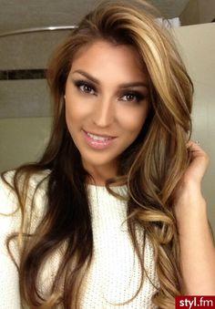Fryzury Blond włosy: Fryzury Długie Na co dzień Proste Rozpuszczone Blond - ombre - 2420127