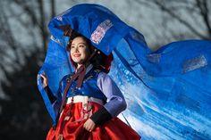 Korean Fashion – How to Dress up Korean Style – Designer Fashion Tips Korean Hanbok, Korean Dress, Korean Outfits, Korean Traditional Dress, Traditional Dresses, Korean Fashion Trends, Seoul Korea, Cute Korean, Korean Women