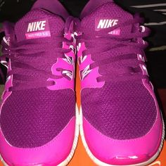 Pink Nike Shoes! it has a scuff mark at the top of the left shoe but still totally wearable Nike Shoes Athletic Shoes