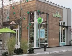 university village shopping center seattle - Google Search Retail Architecture, Commercial Architecture, Architecture Design, Building Exterior, Building Design, Urban Shop, Warehouse Living, Shop Facade, Exterior Rendering