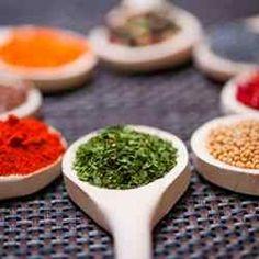 Restauration indienne de grande qualité à Saint-Herblain. Restaurant Indien, Saveur, Saint, Restaurants, Table, Indian Cuisine, Restoration, Restaurant, Desk