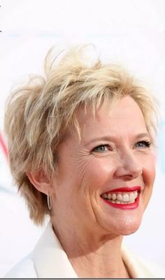 Hairstyles For Women Over 50 - Golden Tousled Pixie Short Hair With Layers, Short Hair Cuts For Women, Short Hairstyles For Women, Cool Hairstyles, Haircut Styles For Women, Haircut For Older Women, Short Hair Styles, Curl Hair With Straightener, Styling Mousse