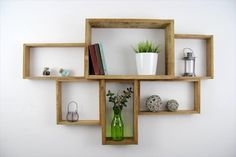 Artistic And Graceful Pallet Shelf Design | 99 Pallets