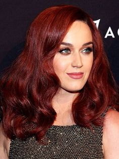 Katy Perry classic mahogany auburn hair ~~ 21 celebrity redheads to inspire your next hair color Hair Color Auburn, Auburn Hair, Red Hair Color, Brown Hair Colors, Cool Hair Color, Lip Colour, Auburn Brown, Shades Of Red Hair, Dark Red Hair