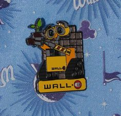 DISNEY PIN WALL - E WITH PLANT MOVIE