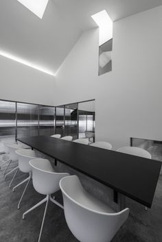 Flamingo Shanghai Office :: Neri  Hu Design and Research Office